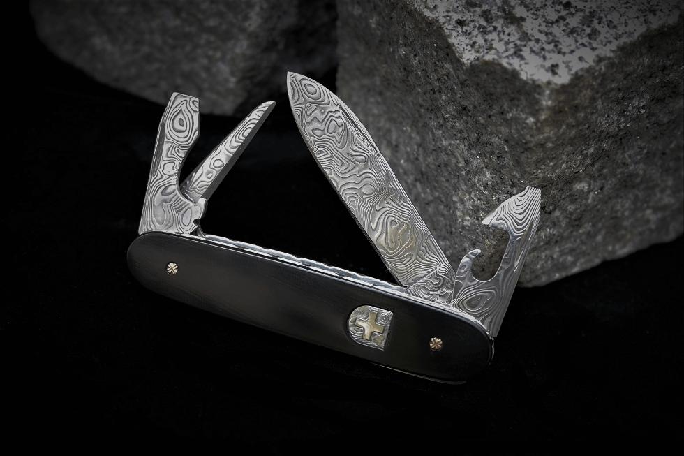 perret andre couteau suisse damas